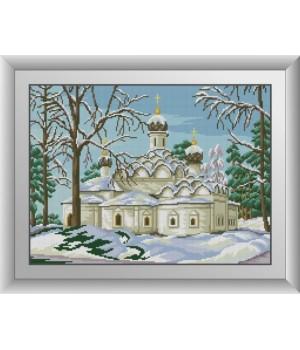Храм у зимовому лісі